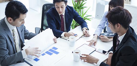 グループ全体の経営・人事・システム戦略業務